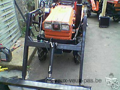 Micro tracteur kubota 21cv 4rm 3 cylindres +chargeur+pelle retro neuf diesel