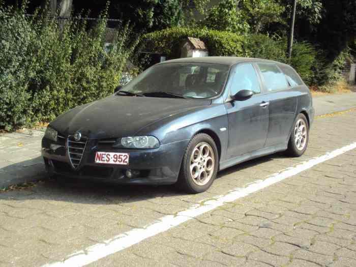 alpha romeo turbo diesel break 2002