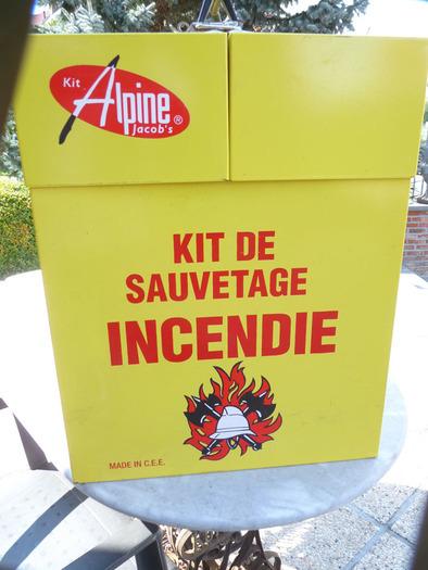 kit sauvetage alpine jacobs boite vide en métal , dimension +- 25 cm x 40cm haut 50 cm